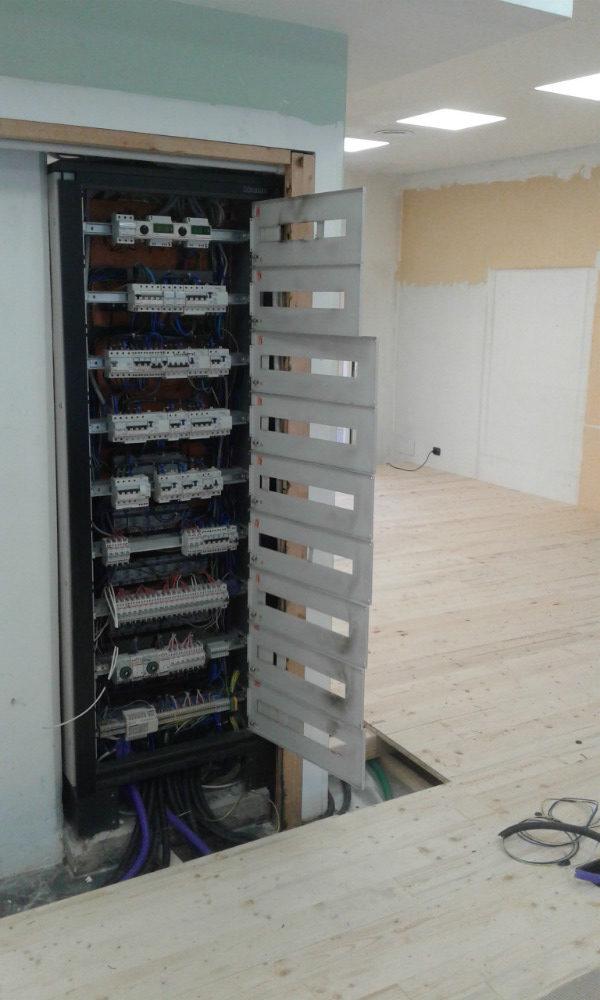 quadro elettrico uffici Mobilitaly